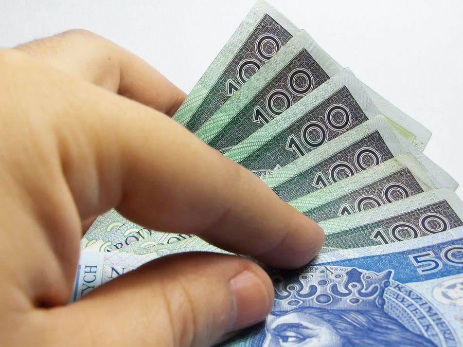 na co zwracać uwagę przy wyborze kredytu gotówkowego